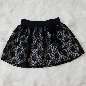 Girls lace skirt!